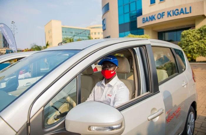 Banki ya Kigali yafashije abatwara taxi voiture gufunukuza inshya
